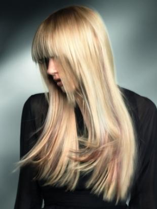 Модные прически 2011 длинные волосы
