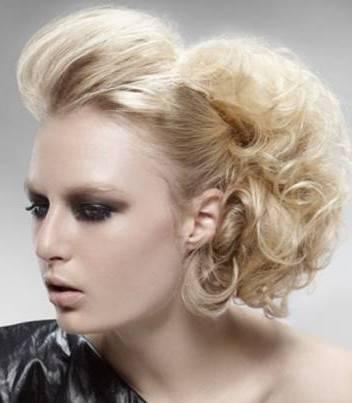Лёгкие и красивые причёски для длинных волос