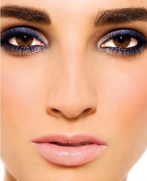Макияжа для карих глаз брюнеток